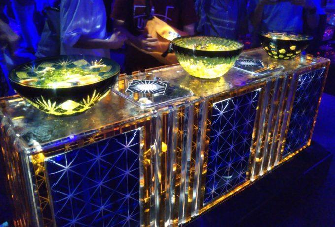 アートアクアリウム日本橋 江戸切子の器に金魚