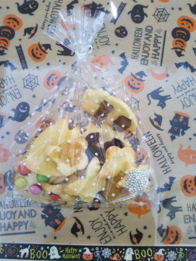 東京ストロベリーパーク スタジオスイッチでオリジナルクッキーの焼き上がり完成