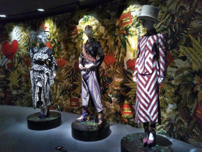 Vivienne Westwoodの展覧会get a life!には2014年~2015年秋冬コレクションの展示品がここにも
