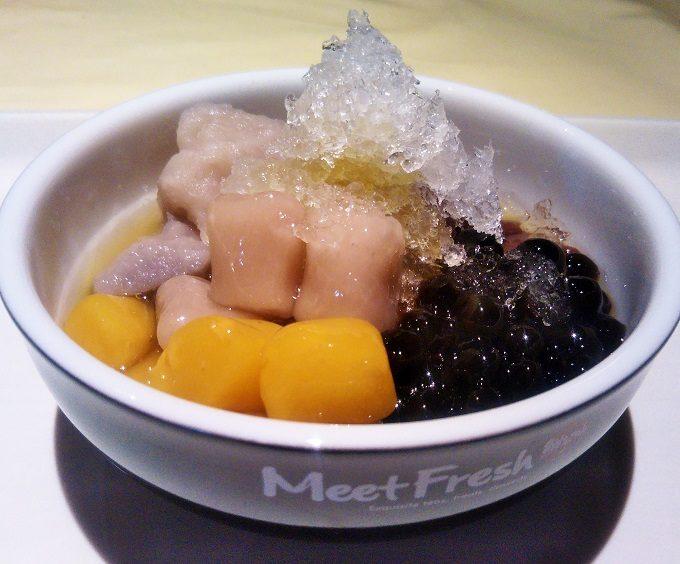MeetFresh 鮮芋仙(ミートフレッシュ シェンユイシェン)マロニエゲート銀座で芋園4号(アイス)Mサイズを食べたよ。