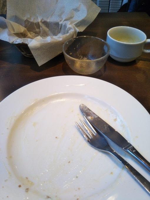 ビストロ ローブン八丁堀のホワイトソースのロールキャベツを完食!