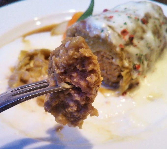 ロールキャベツの中に入っているお肉だけで食べてもおいしい!