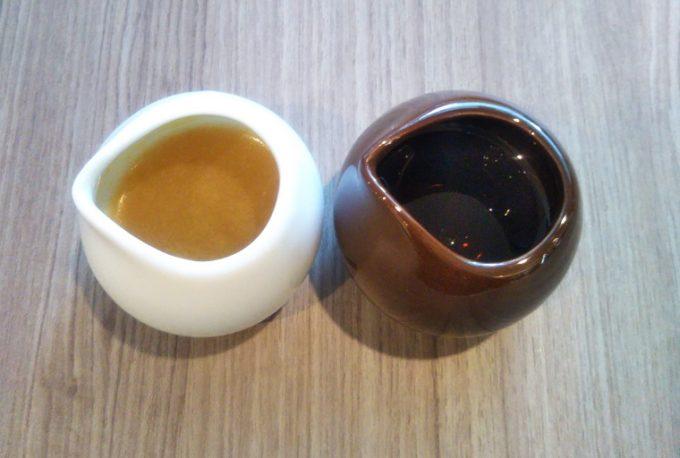 ishiya(イシヤ) 日本橋のプレーンのパンケーキにかけるソースは2種類あるから味変が2回できる!【コレド室町テラス】