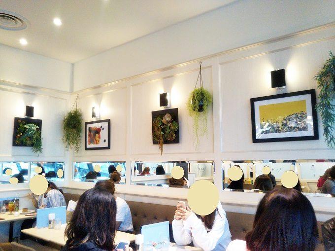 店内は20~30代の女性客が8割くらい【アンナーズ バイ ラントマンカフェ 渋谷スクランブルスクエア】